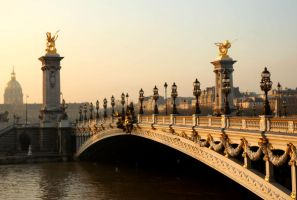 Paris_morning_light by Bateor