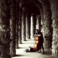 Musician in Park Guel by molzography