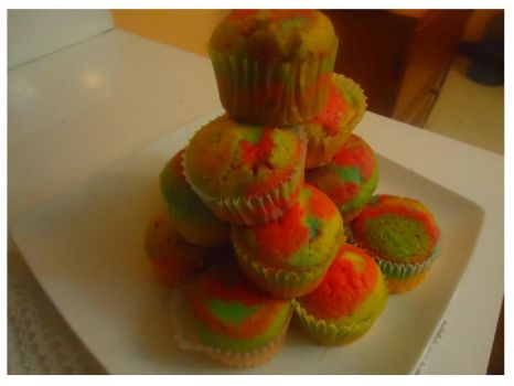 Cup Cakes arcoiris by ATalulasCook