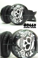 Skully headphone by PoppinCustomArt