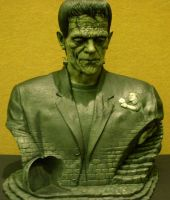 Frankenstein gets Busted by Mr-Mordacious