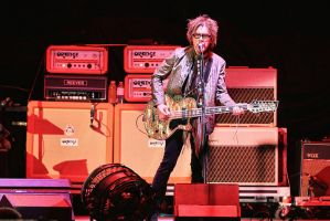 Cheap Trick:  Tom Petersson I by basseca