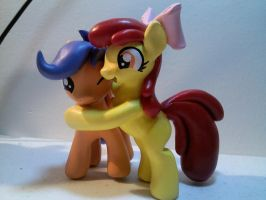 Old Sculpture I never posted! by EarthenPony