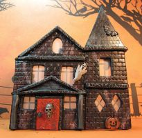 Polyclay Haunted House by frykitty
