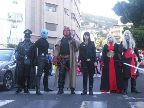 Hellboy Cosplay group by Lord-Stark