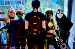 Young Justice by TitanesqueCosplay
