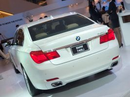 BMW 740Li Rear by pete7868