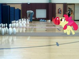 Apple Bloom Goes Bowling by Paris7500