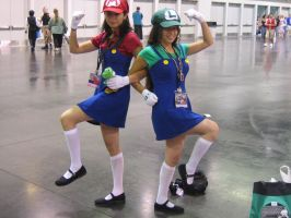 Mario Sisters Cosplay by Knightfourteen