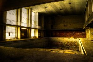 Lost in Decay - the pool II by Lost-in-decay