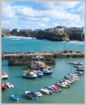 Newquay Harbour by tezzan