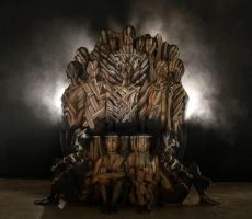 Iron Throne (game of thrones) by ARTSIE-FARTSIE-PAINT