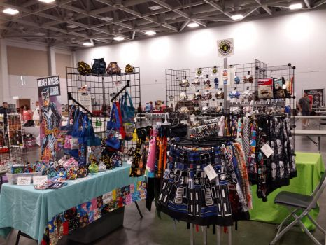 10x10 space at Tidewater Comicon, Va Beach by AllisonEast