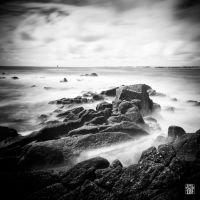 black and white sea by sylvaincollet