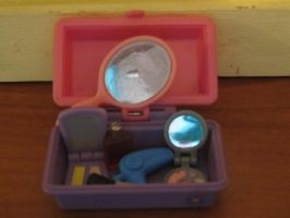 Ara's dollhouse: Beauty Supplies by arancrafts