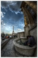 Paris: Three ladies of France by Graphylight