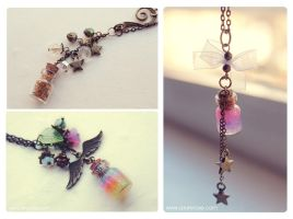 New Bottle necklaces. Golden stars and Gel glitter by Bea-Gonzalez