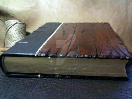 Wood and Leather Guestbook by Trebien