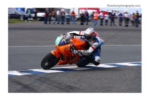 Kneen by Gilly71