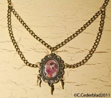 Vintage portrait necklace by skuggsida