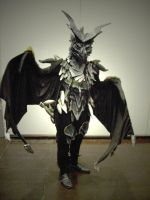 Epic Skyrim-dragon cosplayer by Master-Kankuro