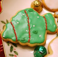 Christmas Tree Cookie by VengeanceIsForEver