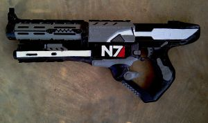 Commander Shepard Cosplay Gun by RebelATS