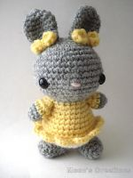 Pretty Bunny Amigurumi Pattern by MoonYen