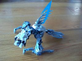Bionicle MOC: Cave Creature by jumpstartautobot
