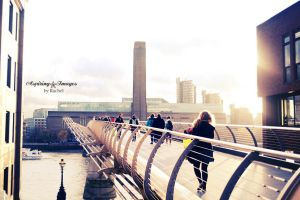 Dreaming of London by AspiringImages