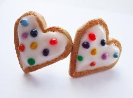 Heart Cookie Earrings - White by FrozenNote