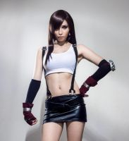 Tifa Lockhart : those who fight. by LadyxZero