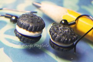 Oreo Earrings by margemagtoto