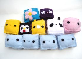 Cute Pin Cushions by CosmiCosmos