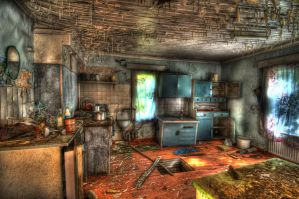 Abandoned house HDR workshop by evrengunturkun