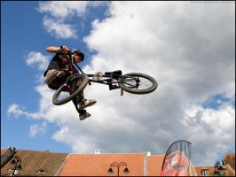 Tailwhip by sanie-photography