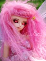 Crazy pink girl by lajvio