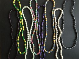 Neckless, paper beads 06 by SecondChanceCrafts