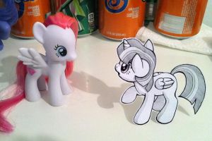 Paper Pony by Pimmy