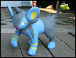 Luxio Sculpture by HollieBollie
