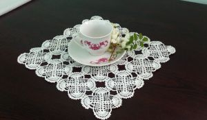 crocheted doily by lagrimadejarjayes