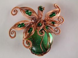 Pendant with green and copper wire by Mirtus63