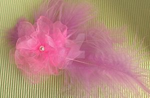 Pink feather fascinator by Craftcove