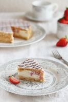 Strawberry Mille-Feuille - slice by kupenska