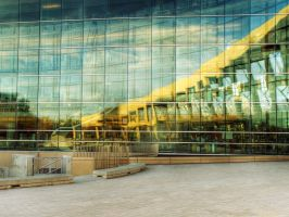 Library Square Reflected by penginnoikari