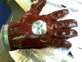 Finished Iron Man Arm Repulsor Hand by kay-sama