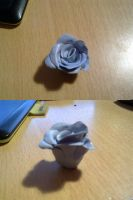 Some stupid Blutack rose thing. by Kendulun-the-Kihoryu