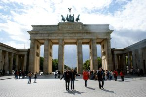 Come to Berlin World Tour Meet by spyed