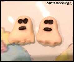 glow in the dark ghosties by citruscouture