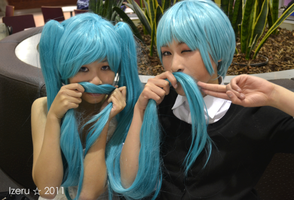Vocaloid:Hatsune Family by Aoi-channnu